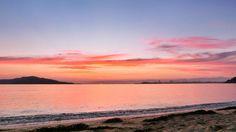 29  June 4:57 朝焼け(sunrise glow)の博多湾です。 Morning  at  Hakata bay in Japan