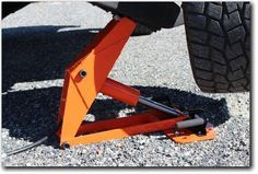 The Safe JackGator Jack series for trucks, automotive, agriculture, off road, 4x4 enthusiasts, rescue, first responders, industrial applications and military o