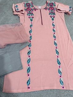 Designer embroidered linen dress with chiffon duppata 21 and half chest size. Beautiful Dress Designs, Beautiful Suit, Stylish Dress Designs, Embroidery Neck Designs, Embroidery Suits Design, Embroidery Fashion, Designer Party Wear Dresses, Indian Designer Outfits, Dress Neck Designs