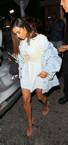 "Get Kim K's famous look with our ""Vintage Boyfriend Denim Jacket"" || Shop link in bio✨ #kimkardashian"