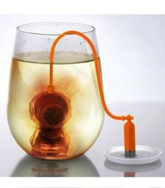 Diver tea leaf filter. This is such a cool idea! I will drink tea solely for this if nothing else.