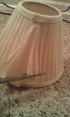 Tutorial: recover pleated lampshade