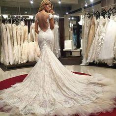 Weird Closet biedt Custom made bruidsmode binnen jouw budget! Kom gezellig bij ons langs in Haarlem. - Trouwjurken