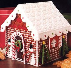Gingerbread House Candy, Gingerbread House Patterns, Christmas Gingerbread, Plaid Christmas, Plastic Canvas Tissue Boxes, Plastic Canvas Crafts, Plastic Sheets, Free Plastic Canvas Patterns, Plastic Canvas Christmas