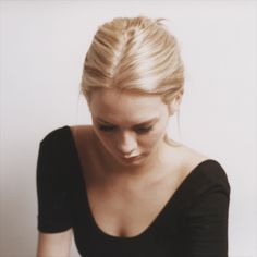(repin-- if I ever went blonde, this is the kind of blonde I'd want to be) hair