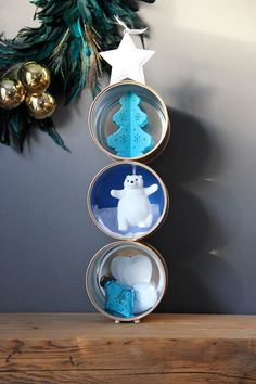 These are Baby Formula Containers! Reuse baby containers for a Christmas decor craft! Christmas Crafts For Kids, Christmas Projects, Christmas Tree Ornaments, Holiday Crafts, Holiday Fun, Christmas Decorations, Christmas Gifts, Holiday Decor, Christmas 2015
