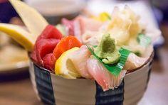 青森名物のっけ丼海鮮惣菜あなたの好みでてんこ盛り