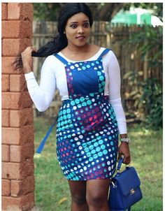 Inspiration - Akosua Vee, elle a du style - Pagnifik African Dresses For Women, African Print Dresses, African Attire, African Fashion Dresses, African Wear, African Women, African Prints, Fashion Outfits, African Style