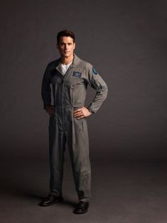 Doom Patrol, Matt Bomer, Dc Comics, Raincoat, Seasons, Album, Portraits, Twitter, Check