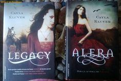 Descarga Saga de Cayla Kluver - Legacy - Alera  http://helpbookhn.blogspot.com/2013/05/sagas-de-libros-de-veronica-roth-el.html