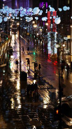 Rainy Christmas time, Oxford Street.