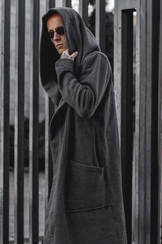 Your personal universe needs protection. Let it be soft and comfortable. A volumetric hood will provide additional privacy, large pockets will warm your hands or become a spacious storage of necessary trifles. Hooded Cloak, Hooded Jacket, Urban Outfits, Casual Outfits, Post Apocalyptic Clothing, Urban People, Badass Outfit, Rugged Men, Roll Neck Sweater