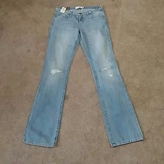 Abercrombie & Fitch Emma jeans 6L NWT Abercrombie & Fitch Emma jeans 6L Abercrombie & Fitch Jeans Boot Cut
