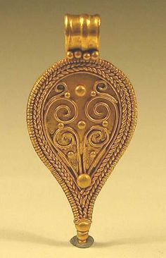 Exquisite Roman Gold Teardrop pendant. This authentic ancient Roman gold pendant was unearthed in Eastern Europe.Ca. 2nd century A.D.