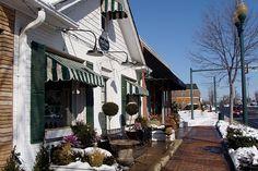 Shops along Maple Avenue in Vienna, Virginia