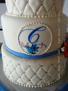 #weddingcake #monogram custom designed by dayna mancini // event design and coordination // cutetc.com