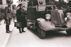Photo by DziadeczekAndre World War Two, Military Vehicles, Ww2, Monster Trucks, Ford, Workspaces, Modeling, Scale, Tools