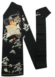 This is a chic vintage Nagoya obi with a design such as fam, 'Sakura'(cherry blossom) and takara-zukushi (treasure assortment), which is embroidered on the black background