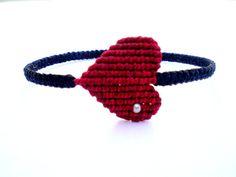 Bracelets macrame. Bracelets with heart. Bracelets for por asmina