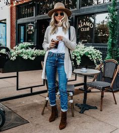 New Fall Denim Fall Street Style // Somewhere, Lately Casual Fall Outfits, Fall Winter Outfits, Autumn Winter Fashion, Cute Outfits, Winter Clothes, Jean Outfits, Winter Style, Fall Winter Fashion, Work Outfits