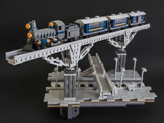 Blue Train | Flickr - Photo Sharing!