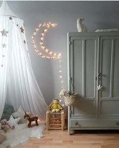 Concepts Get inspired to create an unique bedroom design for children with these lighting inspirations.Get inspired to create an unique bedroom design for children with these lighting inspirations. Baby Bedroom, Girls Bedroom, Canopy Bedroom, Kid Bedrooms, Deco Kids, Kids Room Design, Playroom Design, Little Girl Rooms, Kids Decor