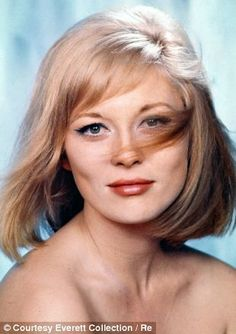 Born 1941 in Bascom, Florida, American actress Faye Dunaway began in the early on Broadway. She made her screen debut in the 1967 film. Catherine Deneuve, Steve Mcqueen, Elizabeth Taylor, Brad Pitt, Hollywood Actresses, Actors & Actresses, Marilyn Monroe, Madonna, Gena Rowlands