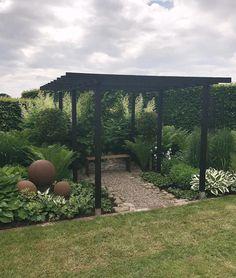 addsimplicity enkla ting trädgård kontrast #gardendesign