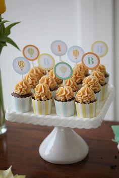 Festa // Decoração // Mesa de Doces // Cupcakes