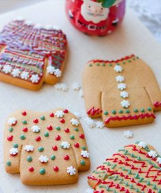 Holiday recipe: small American Christmas cookies – … – About Holiday Parties Merry Christmas, Christmas Party Food, Holiday Parties, Christmas Cookies, American Christmas Traditions, Food Porn, Cookies Et Biscuits, Food Pictures, Gingerbread Cookies