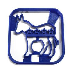 Throw a 'Get out the Vote' party, or a fundraiser for your favorite political candidate with this Donkey cookie cutter. Colors can vary - Dishwasher safe - This cutter's ease of use is: Very Tricky *