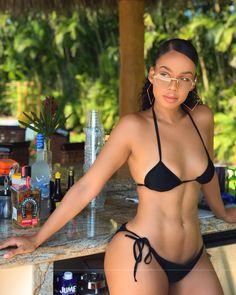 Bella thorne nude fakes