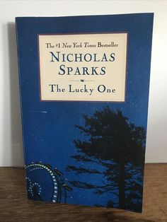 The Lucky One by Nicholas Sparks (2009, Trade Paperback) Great Love Stories, Love Story, Lucky Picture, Nicholas Sparks Books, Build A Story, Walk To Remember, Pathfinder Rpg, The Lucky One
