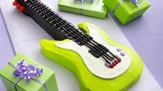Rick star party Electric Guitar Cake