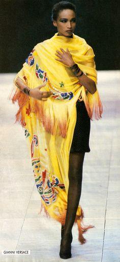 KATOUCHA NIANE  Giani Versace Show   A/W 1989