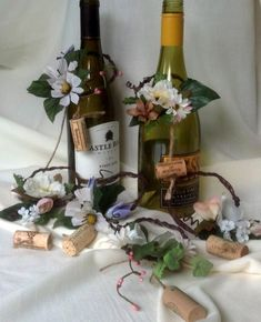 Rustic chic Wedding Centerpieces wine Bottle toppers by AmoreBride