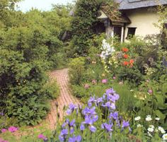 Creating Cottage Style Gardens