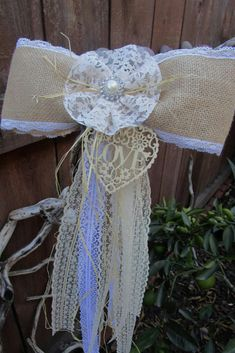 Burlap bow Rustic wedding decorations Country rustic wedding Pew bow decorations Aisle decorations Rustic bow Wedding chair decoration #ad