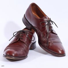 Brown Leather Brogues / Mens Oxford Shoes / sz US mens 8.5, Eur 42