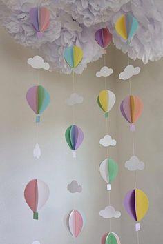 Hot air ballon garland – balloon garland – balloons – pastel balloons – hot air balloon theme – nursery decor – baby shower - Decoration For Home Deco Baby Shower, Baby Shower Balloons, Birthday Balloons, Baby Shower Themes, Baby Shower Decorations, Baby Balloon, Baby Decor, Nursery Hot Air Balloon, Baby Shower Garland