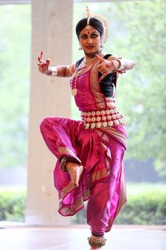 India has an amazing array of traditional dances, each with their own interesting cultural backgrounds.