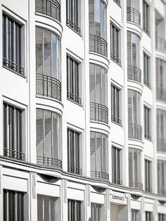Klosterstrasse 65, Bild 4 Neoclassical Architecture, Classic Architecture, Space Architecture, Residential Architecture, Architecture Details, Facade, Berlin, Multi Story Building, Exterior