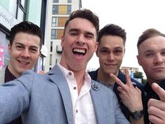 Don Broco Pop Punk Bands, Be My Baby, My Favorite Music, Print Pictures, Music Bands, Good Vibes, Carne, Emo, Hot Guys