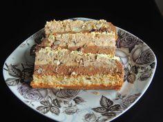 Jednostavni recepti: Najlon torta sa orasima i mlevenim keksom