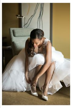 Bride in their preparation! Photography by 135milimetros www.135milimetros.pt