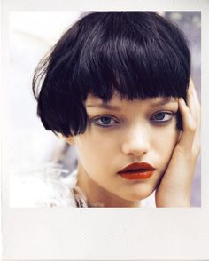 gemma ward photographed by patrick demarchelier for vogue india oct. Short Hair With Bangs, Hairstyles With Bangs, Short Hair Cuts, Short Dark Bob, Hair Inspo, Hair Inspiration, Medium Hair Styles, Short Hair Styles, Pelo Pixie