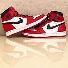 best authentic a1711 f8cce Air Jordan 1 OG White Red Black pour mai 2015 - Sneakers.fr