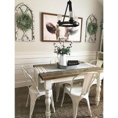 30 Wonderful Vintage Dining Table Design Ideas And Decor. If you are looking for Vintage Dining Table Design Ideas And Decor, You come to the right place. Below are the Vintage Dining Table Design Id. Farmhouse Dining Room Table, Dining Room Wall Decor, Dining Table Design, Farmhouse Wall Decor, Decor Room, Farmhouse Ideas, Modern Farmhouse, Room Decorations, Farmhouse Furniture