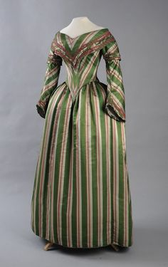 Day dress ca. 1844 From the Museum of Applied Arts