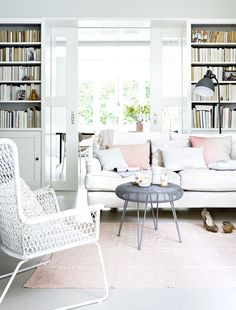 | A soft and feminine vintage home